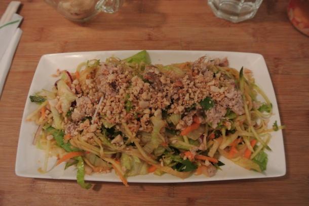 Pho - mango salad