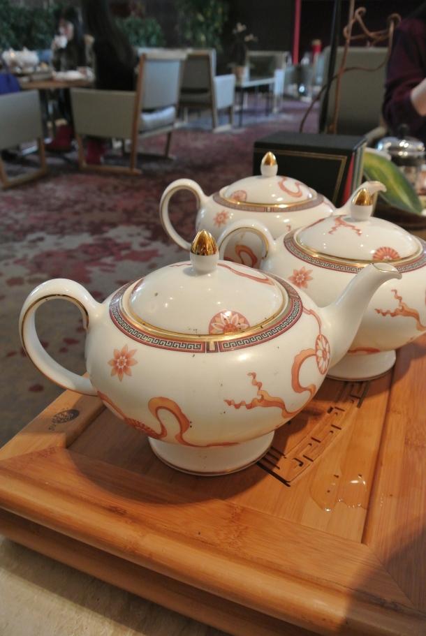 Shangri-la - teapot