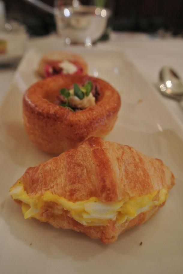 Casa loma - egg sandwich