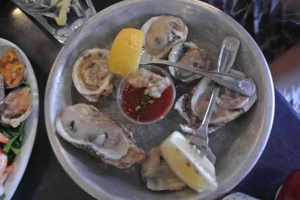 Half a dozen fresh raw oysters.