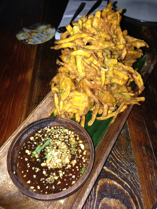 Grabong - deep fried battered squash fritters with garlic tamarind sauce.