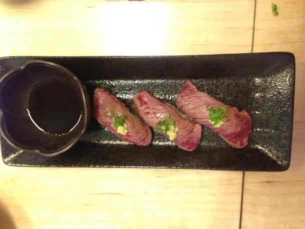 Zakkushi - beef sushi