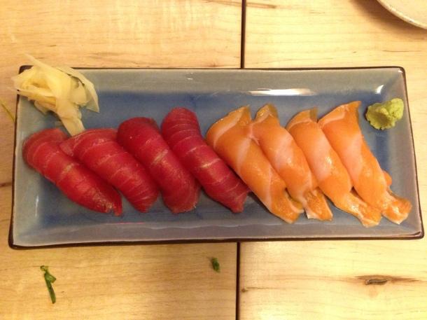 Zakkushi - tuna and salmon