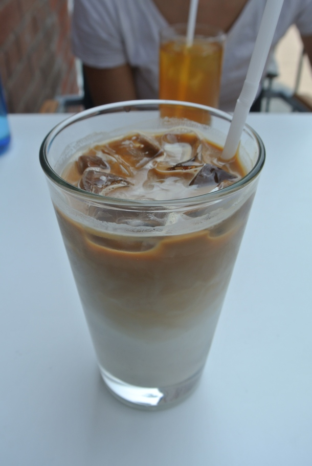 A large iced latte to stay.