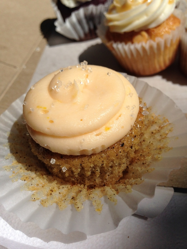 Earl grey with orange buttercream mini-cupcake.