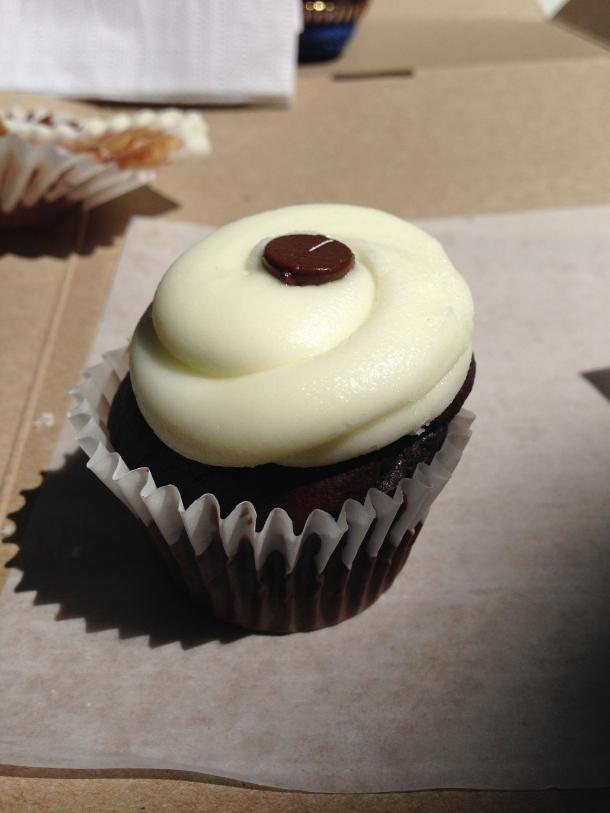Chocolate mini-cupcake with mint buttercream.