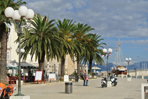 Trogir - boardwalk