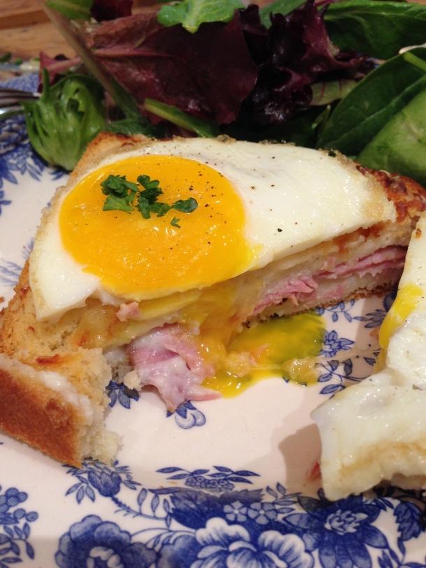 Maman - egg